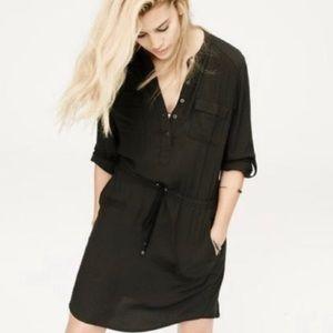 Lou & Grey Black Long-sleeve Dress
